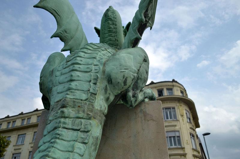 a practical guide to dragon riding pdf
