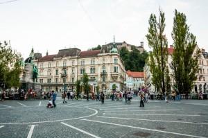 Ljubljana-Prešernov-trg-(1)