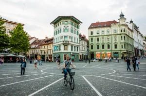 Ljubljana-Prešernov-trg-(2)